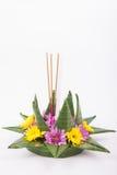 Krathong, la candela di galleggiamento elaborata mano fatta della parte di galleggiamento Immagine Stock Libera da Diritti