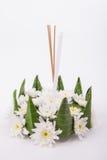 Krathong, la candela di galleggiamento elaborata mano fatta della parte di galleggiamento Fotografia Stock
