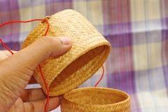 Kratip, récipient en bambou thaïlandais de riz collant image libre de droits