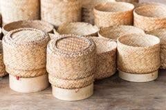 KRATIP, recipiente de bambu tailandês do arroz pegajoso de laos, este é os clas fotografia de stock royalty free