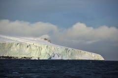 Krawędź lodowiec w Arktycznym Fotografia Royalty Free