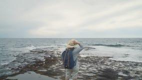 Krawędź ziemia bezbrzeżny ocean i horyzont naprzód tylko i zbiory wideo