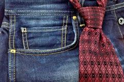 Krawat i cajgi Zdjęcie Royalty Free