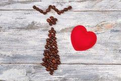 Krawat od kawy, czerwony serce Obrazy Royalty Free