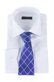 Krawatte auf einem Hemd stockbild