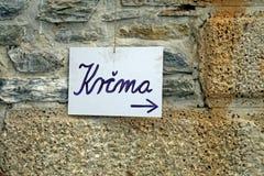 Krcma tecken för krogen, medeltida mässa, Zagreb 2015, 1 Arkivbild