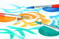 Kreativ - Pinsel u. Farbe stockfoto