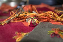 weihnachtsbaum des scharfen paprikas auf wei em h lzernem hintergrund stockbild bild von. Black Bedroom Furniture Sets. Home Design Ideas