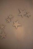 Kreative Dekorationen der Pappe stockfotos