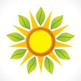 Kreative Sonne und grünes BlattikonenKonzept des Entwurfes stock abbildung