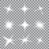 Kreativer Konzept Vektorsatz Lichteffektsterne des Glühens birst mit den Scheinen, die auf Hintergrund lokalisiert werden Stockfotos