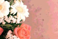 Kreativer rechteckiger Blumenhintergrund Foto mit ursprünglichem Effekt und Unschärfe lizenzfreies stockfoto