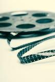Kreatives Konzept eines Retro Films mit einer Weinlese-Filmrolle Lizenzfreies Stockfoto