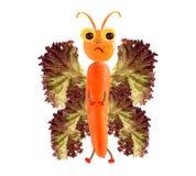 Kreatives Nahrungsmittelkonzept Lustiger kleiner Schmetterling gemacht von den Früchten und Stockbilder