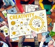 Kreativitäts-Glühlampen-Technologie-Mitteilungs-Ikonen-Konzept Stockbild