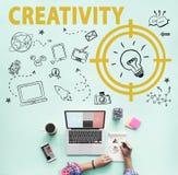 Kreativitäts-Glühlampen-Technologie-Mitteilungs-Ikonen-Konzept Lizenzfreies Stockbild