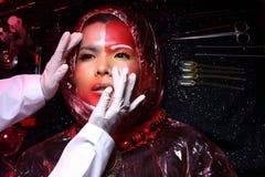 Kreatywnie chirurgia plastyczna na Czerwonej brzmienie mody Cierpliwym Żeńskim trybie Obraz Royalty Free