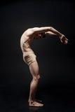 Kreatywnie główny tancerza spełnianie w studiu zdjęcia royalty free