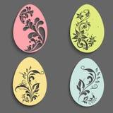 Kreatywnie jajka dla Szczęśliwego Wielkanocnego świętowania Zdjęcia Royalty Free