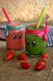 Kreatywnie organicznie smoothie dla dzieciaków Zdjęcia Stock
