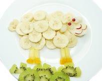 Kreatywnie owocowego dziecka statku zwierzęcia deserowa forma Obrazy Royalty Free