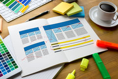 Kreatywnie projektant grafika przy pracą Koloru swatch próbki, Illustr Zdjęcie Stock