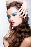 kreatywnie robi dziewczyna włosy Zdjęcia Royalty Free