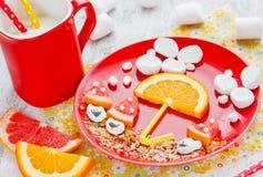 Kreatywnie zdrowy jedzenie dla dzieci wzrastać apetyt Fotografia Royalty Free