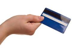 Kreditkarte in einer weiblichen Hand stockfotos
