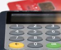 Kreditkarte und ein safty Kasten stockfoto