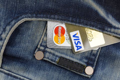 Kreditkarte und Geld Lizenzfreie Stockfotos