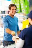 Kreditkartekassierer Lizenzfreies Stockfoto