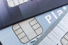 Kreditkarten mit Mikrochip, Abschluss oben Lizenzfreie Stockfotografie