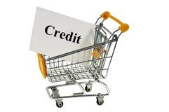 Kreditkonzept mit einer Supermarktlaufkatze stockfoto
