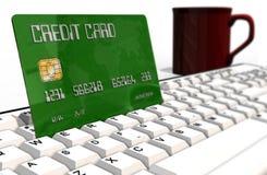 Kreditkort på closeupen för datortangentbord Royaltyfria Foton
