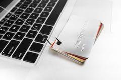 Kreditkort som phishing Arkivfoton