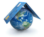 Kreditkortar med jordklotet (den inklusive snabba banan) Royaltyfria Bilder