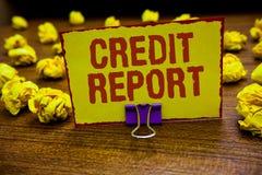 Kreditupplysning för ordhandstiltext Affärsidé för att låna räkningen för rapark och gemet för historia för skuld för tullbetalni royaltyfri bild
