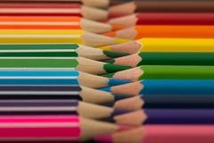 kredki kolorowe ołówki kolor tła asortymentu kolorowe ołówki Obraz Stock