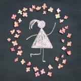 Kredowego rysunku kobiety ikona otaczająca żywymi menchiami kwitnie na chal obrazy royalty free