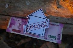 Kredyta Mieszkaniowego papieru znak umieszczaj?cy na barkentynie drzewo L zdjęcie stock