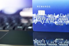 Kredytowa karta dogodność zakupy życia pojęcie Handlu elektronicznego zakupy pojęcie fotografia stock