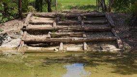 Kreek kruising en erosiecontrole Stock Fotografie