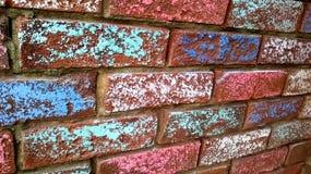 Kreide bedeckte Backsteinmauer Stockfotografie