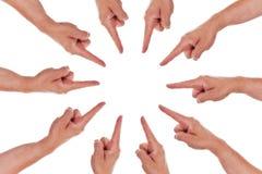 Kreis des Fingerpunktes zur Mitte Stockfotos