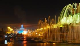 Kreis des Lichtes auf dem Wasser Stockfotografie