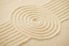 Kreis gezeichnet auf Sand des japanischen Felsengartens Lizenzfreie Stockfotografie