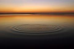 Kreise auf dem Wasser Lizenzfreies Stockfoto