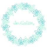 Kreisen Sie Rahmen, Kranz des Türkises, Blau und tadellose Blumen, Grußkarte, Dekorationspostkarte oder Einladung ein Stockfotografie