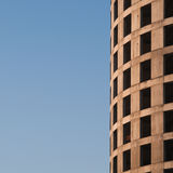 Kreisförmiges geformtes Bürohaus im Bau Stockfotos